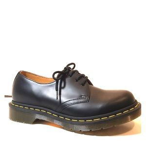 NEW Dr Martens 11837 Black Leather 3-Eye Shoes 7